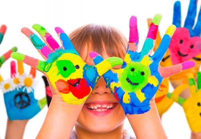 """logo Centrul educațional pentru copii """"KidsImpact.md"""""""